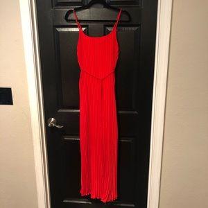 Banana republic red ribbed maxi dress